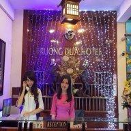 Trường Đua Hotel